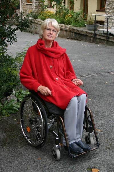 Damen Poncho für Rollifahrer rot
